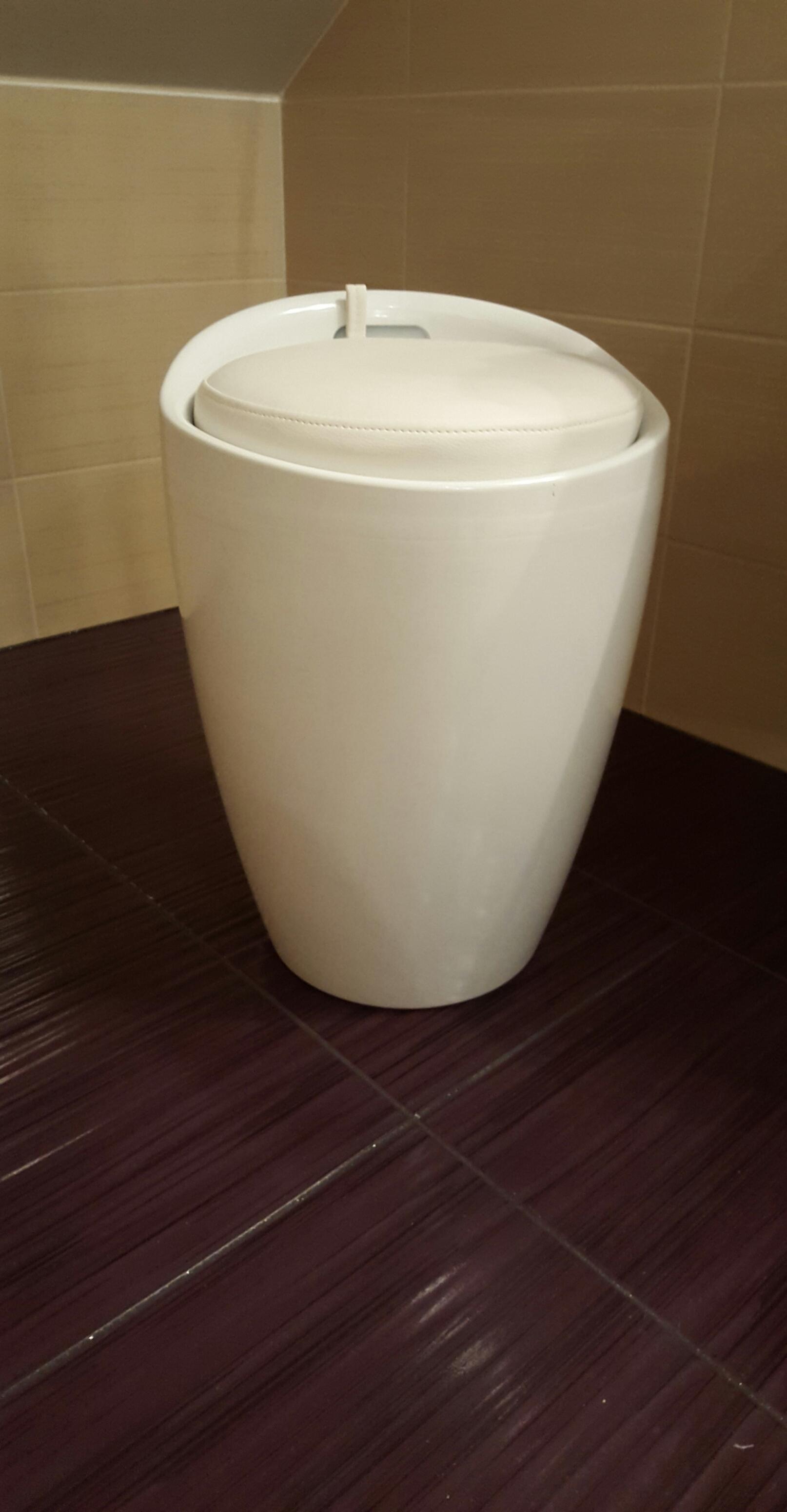 Pufa Bieliźniarka Do łazienki I Nie Tylko Wygoda I